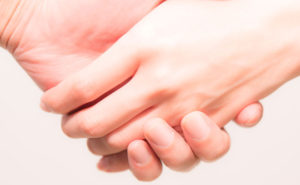 【募集1/27】愛情ホルモン「オキシトシン」で幸せな心とからだに!スキンシップ研究の第一人者から学ぶ、体感セミナー開催