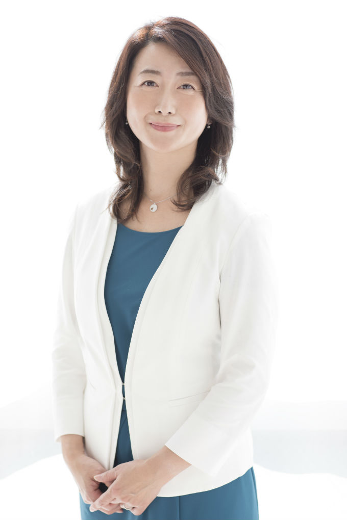 加倉井さおり自分軸講座「愛して、学んで、仕事をする女性塾」